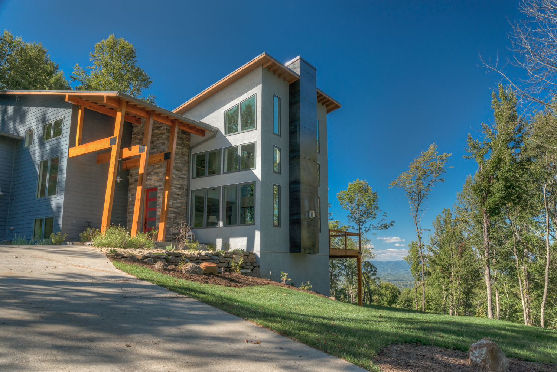 Asheville nc modern home builder homemade ftempo - Oakwood homes design center colorado springs ...